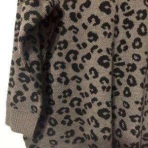 Torrid size 2 leopard print sweater XXL 2X